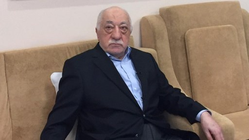 Turkish cleric and opponent to the Erdogan regime Fethullah Gülen addresses at his residence in Saylorsburg, Pennsylvania on July 18, 2016 allegations by the Turkish government about his involvement in the attempted July 15 coup. (AFP/Thomas URBAIN)