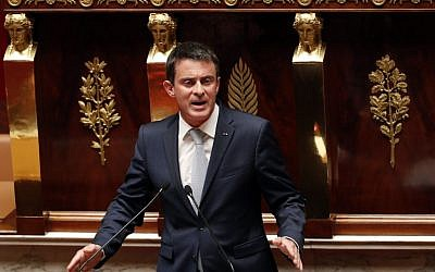 French Prime Minister Manuel Valls during a debate aiming at extending the country's state of emergency for a fourth time at the French National Assembly in Paris on July 19, 2016. (AFP Photo/Francois Guillot)