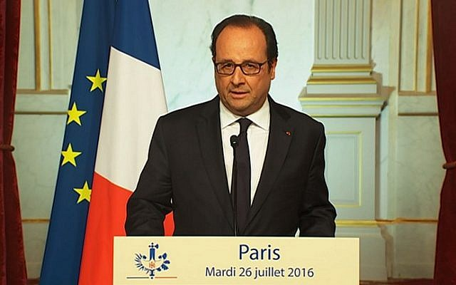 French President Francois Hollande delivering a speech at the Elysee presidential palace in Paris after a priest was killed in the Normandy city of Saint-Etienne-du-Rouvray, July 26, 2016. (AFP Photo/TF1/STR)