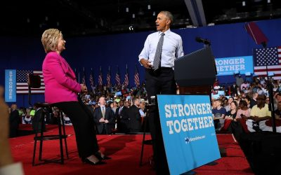 US president Barack Obama (R) speaks during a campaign rally with democratic presidential candidate former Secretary of State Hillary Clinton on July 5, 2016 in Charlotte, North Carolina (Justin Sullivan/Getty Images/AFP)