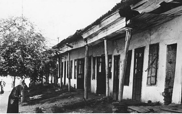 The Jewish ghetto in Chisinau, Moldova in August 1941. (CC BY-SA wikimedia commons)