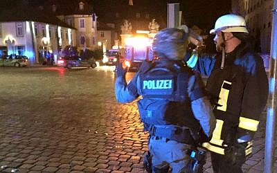 "Police at the scene of a ""deliberate"" explosion in the city of Ansbach in southern Germany, July 24, 2016. (Twitter screen capture)"