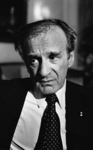 Elie Wiesel in 1987. (CC BY-SA wikimedia commons, Erling Mandelman)