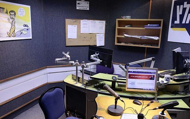An Army Radio studio seen on February 4 2016. (Tomer Neuberg/Flash90)