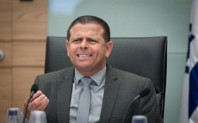 Economic Affairs committee chair MK Eitan Cabel in the Knesset on June 16, 2016. (Miriam Alster/FLASH90)