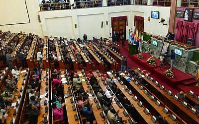 Prime Minister Benjamin Netanyahu addresses the Ethiopian parliament in Addis Ababa, on July 7, 2016. (Kobi Gideon/GPO)