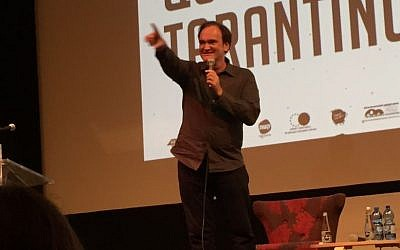 Quentin Tarantino speaks to an audience at the Jerusalem Film Festival on July 8, 2016 (David Horovitz / Times of Israel)