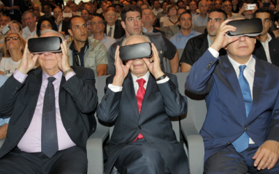 From left: President Reuven Rivlin, the late former president, Shimon Peres and Prime Minister Benjamin Netanyahu try on virtual reality headsets at an innovation center event on July 21, 2016.(Courtesy)