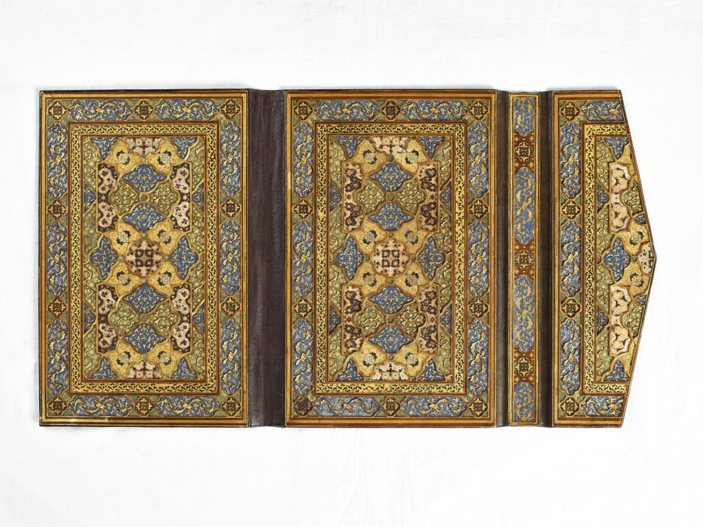 Quran binding. Probably Afghanistan, Herat, Safavid period, ca. 1580. Paperboard and leather. (Museum of Turkish and Islamic Arts, Istanbul)