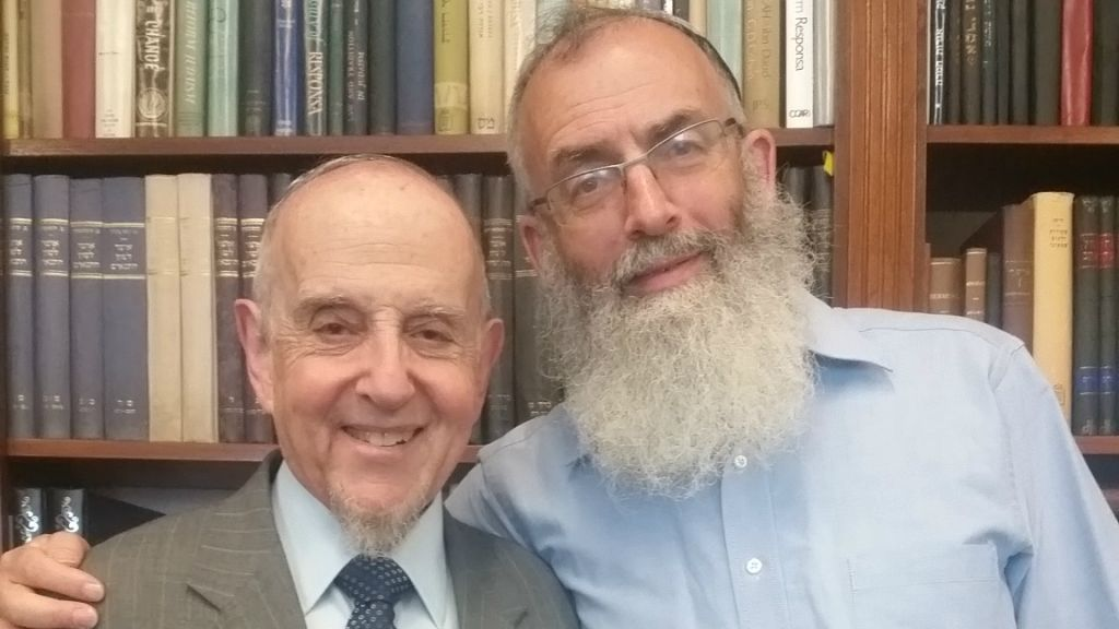 Rabbi David Stav (right), founder and president of Israel's Tzohar Rabbinical Organization, expressed his full support for New York's Rabbi Haskel Lookstein, whose US Orthodox conversions had been challenged by the rabbinate, following a July 5, 2016, meeting. (Yakov Gaon)