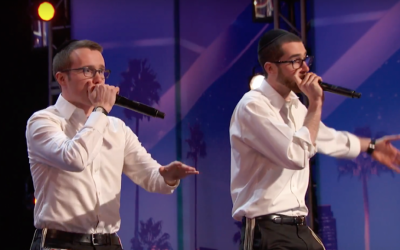 Ilan Swartz-Brownstein and Josh Leviton perform on the 'America's Got Talent' television show. (Screen capture: YouTube)
