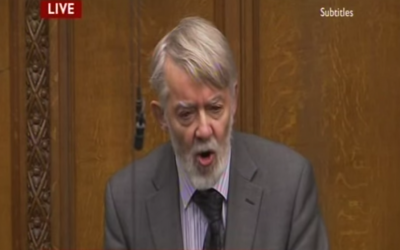 Labour MP Paul Flynn speaks at the House of Commons in 2012. (screen capture: YouTube)