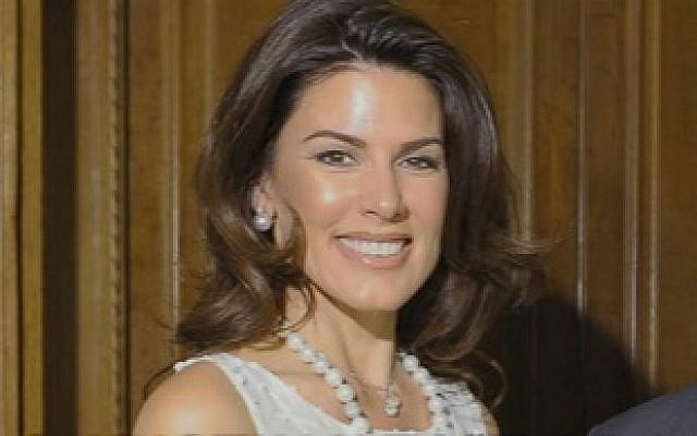 Christina Estrada (YouTube screen cap)
