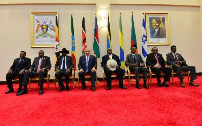 Prime Minister Benjamin Netanyahu meets with African leaders in Uganda on July 4, 2016 (photo credit: Kobi Gideon/GPO)