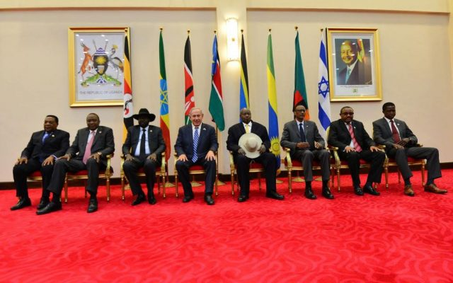 Prime Minister Benjamin Netanyahu meets with African leaders in Uganda on July 4, 2016 (photo credit: Kobi Gideon/GPO)