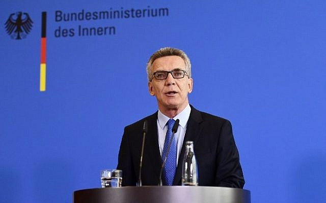 Germany's Interior Minister Thomas de Maiziere delivers a statement to announce new anti-terror measures in Berlin, on August 11, 2016. (AFP PHOTO / TOBIAS SCHWARZ)