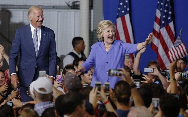 Democratic presidential nominee Hillary Clinton arrives at a campaign rally with Vice President Joe Biden, August 15, 2016, in Scranton, Pennsylvania. (AFP/Dominick Reuter)