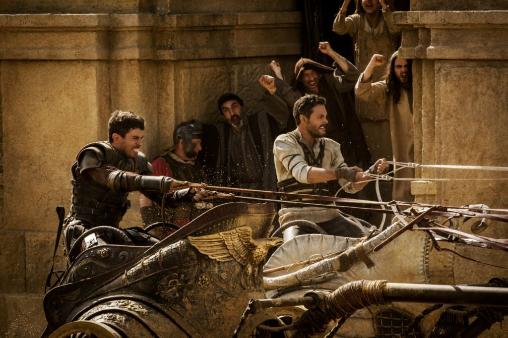 Jack Huston as Judah Ben-Hur pits himself against Toby Kebbell as Messala in the famous chariot scene in 'Ben-Hur.' (courtesy Paramount Pictures)