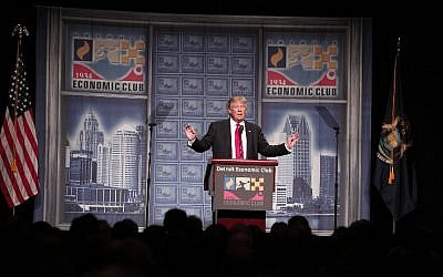 Republican presidential candidate Donald Trump delivers a policy address detailing his economic plan at the Detroit Economic Club in Detroit Michigan, August 8, 2016. (Bill Pugliano/Getty Images/AFP)