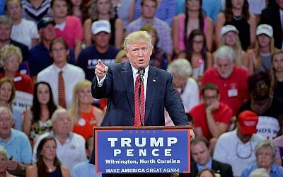 Republican presidential candidate Donald Trump addresses the audience during a campaign event at Trask Coliseum on August 9, 2016 in Wilmington, North Carolina. (Sara D. Davis/Getty Images/AFP)
