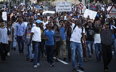 ILLUSTRATIVE - FILE: Hundreds of Ethiopian-Israelis protest outside police headquarters in Jerusalem following release of a video clip showing police beating up an IDF soldier from the Ethiopian community. April 30, 2015. (FLASH90/Hadas Parush)