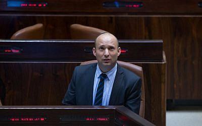 Education Minister Nafatli Bennett seen in the Knesset plenum, August 1, 2016. (Yonatan Sindel/Flash90)