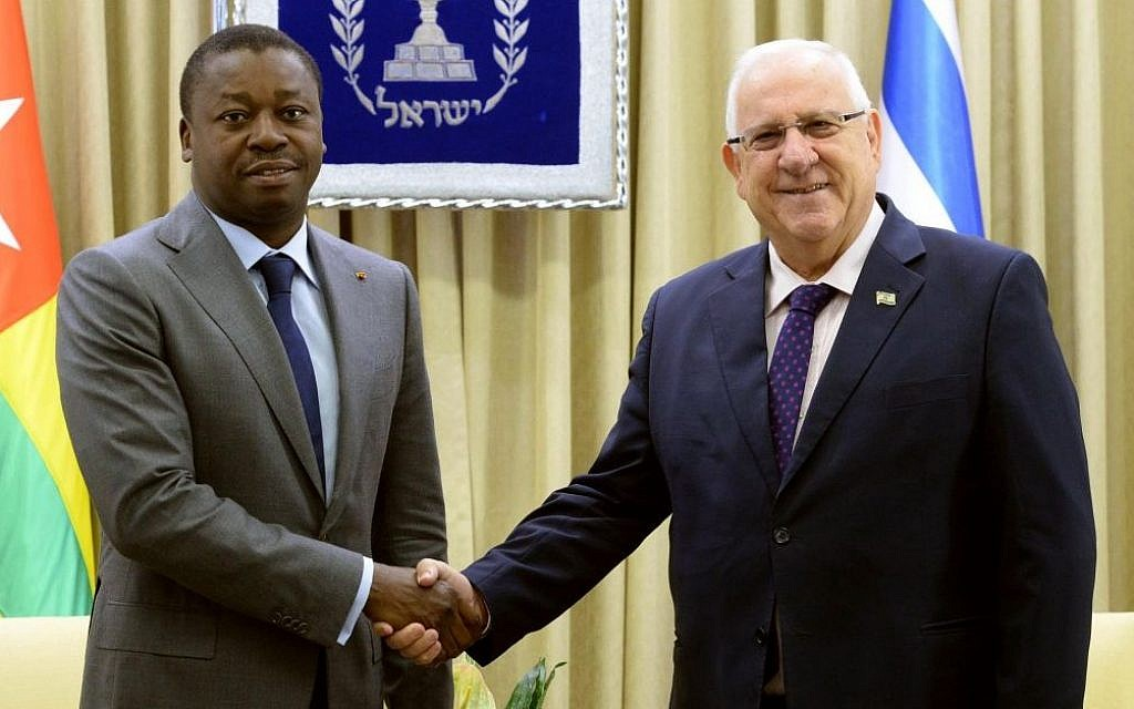 President Reuven Rivlin meets at his official residence in Jerusalem with his counterpart from Togolese Republic, Faure Gnassingbé, on August 10, 2016. (Photo by Mark Neyman/GPO)