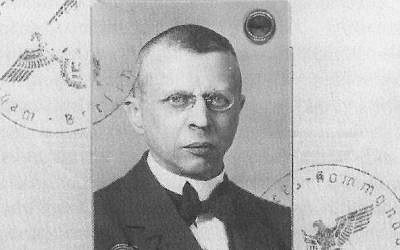 Neuroscientist and early member of the Nazi Party Julius Hallervorden in 1935. He conducted research with brains from victims of the Nazis' involuntary euthanasia program until the 1960s.