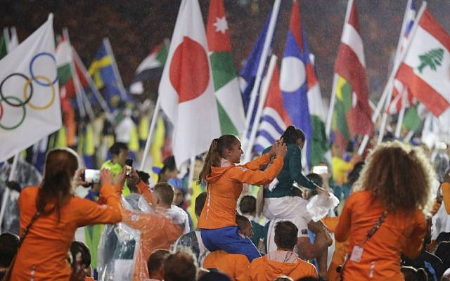Athletes from the Netherlands parade during the closing ceremony for the Summer Olympics in Rio de Janeiro, Brazil, Sunday, Aug. 21, 2016. (AP Photo/Jae C. Hong)