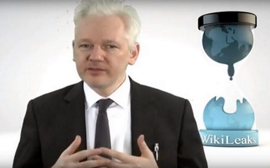 Julian Assange, founder of Wikileaks, talks to Dutch TV on August 10, 2016 (screen capture: YouTube)