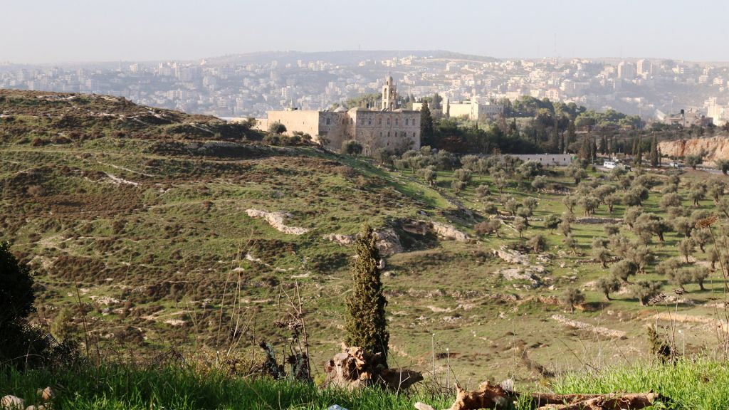 The view from the Yair Overlook, including the Mar Elias monastery. (Shmuel Bar-Am)
