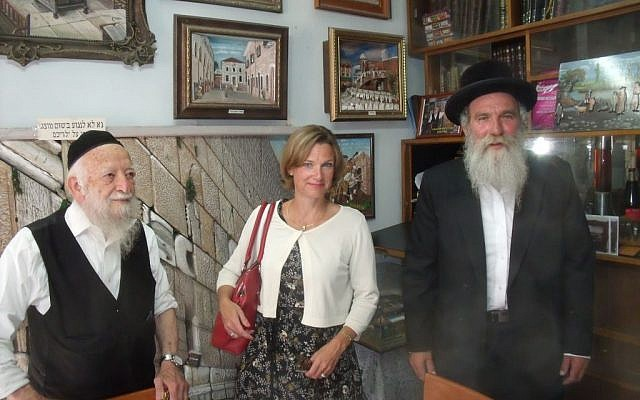 Katharina von Schnurbein, the EU's coordinator for fighting anti-Semitism, visiting the Ultra-Orthodox community in Jerusalem's Mea Shearim neighborhood, July 2016 (courtesy).