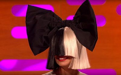 Australian singer Sia appears on British TV in December 2015. (screen capture: YouTube)