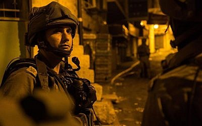 The IDF carries out overnight raids in the West Bank, August 1, 2016 (IDF)