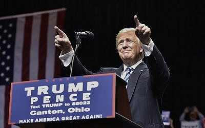 Republican presidential nominee Donald Trump speaks during a rally at the Canton Memorial Civic Center on September 14, 2016 in Canton, Ohio. (AFP Photo/Mandel Ngan)