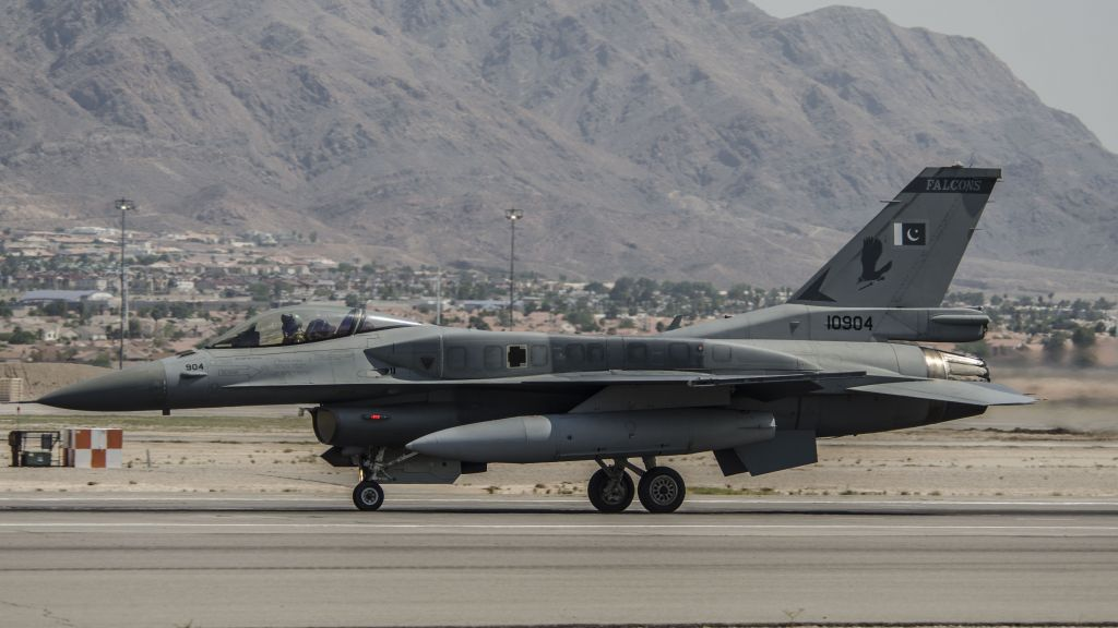 A Pakistan Air Force F-16C prepares for takeoff at Nellis Air Force Base in Nevada, as part of the Red Flag exercise on August 17, 2016. (Tech. Sgt. Frank Miller/US Air Force)