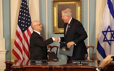 The signing of the US-Israel military aid deal in the State Department on September 14, 2016 (Israeli Embassy, Washington)