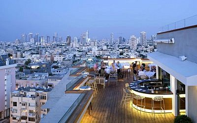 A view of the Blue Sky restaurant at the Carlton Tel Aviv, which was recently designated as Israel's best business hotel by World Travel Awards (Courtesy Gad Halperin Lighting)