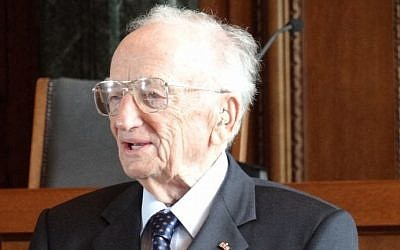 Ben Ferencz stands in the courtroom where the Nuremberg trials were held on August 9, 2012 in Nuremburg, Germany. (CC BY-SA Wikimedia commons