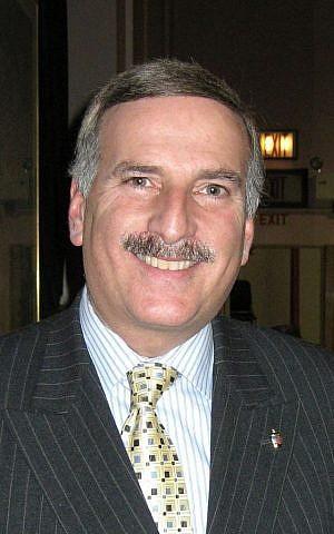 New York State Assemblyman David Weprin (Wikimedia Commons, CC BY-SA 3.0, Ronzoni)