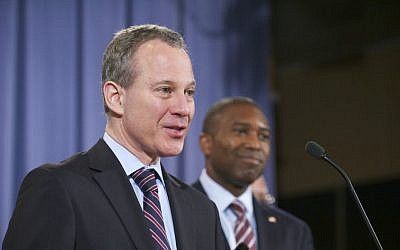 File: New York Attorney General Eric Schneiderman. (Wikipedia/Lonnie Tague, United States Department of Justice/public domain)