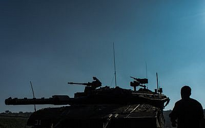 Illustrative. IDF troops on the Golan Heights (Basal Awidat/Flash90)