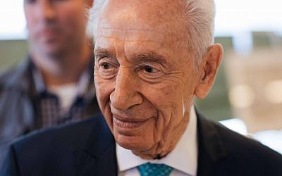 Former Israeli president Shimon Peres at an event marking 40 years since Operation Entebbe, held at the Peres Center for Peace in Tel Aviv, June 27, 2016. (Kelmer/Flash90)