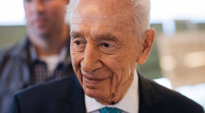 Former Israeli president Shimon Peres seen at an event marking 40 years since Operation Entebbe, held at Peres Center for Peace in Tel Aviv. Seven passengers, who were then aged 3-16 and held hostage on the flight, attended the event, on June 27, 2016. (Ben Kelmer/FLASH90)