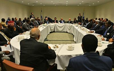 Prime Minister Benjamin Netanyahu and Israel's UN envoy Danny Danon meet leaders and representatives of African states on the sidelines of the UN General Assembly in New York, September 22, 2016. (Kobi Gideon/GPO)