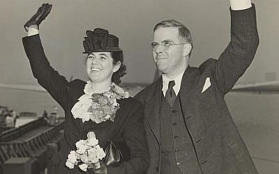 Martha and Waitstill Sharp departing New York Harbor for Prague in 1939. (Courtesy of Sharp Family Archives/via JTA)