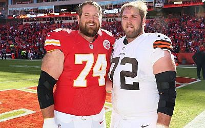 Geoff, left, and Mitch Schwartz are the first pair of Jewish brothers to play in the NFL since 1923. (Olivia Goodkin and Lee Schwartz/via JTA)