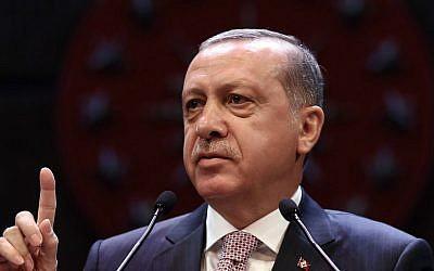 Turkey's President Recep Tayyip Erdogan addresses a gathering of judges and lawyers at his palace in Ankara, Turkey, Thursday, Sept. 1, 2016. (Yasin Bulbul, Presidential Press Service, Pool via AP)
