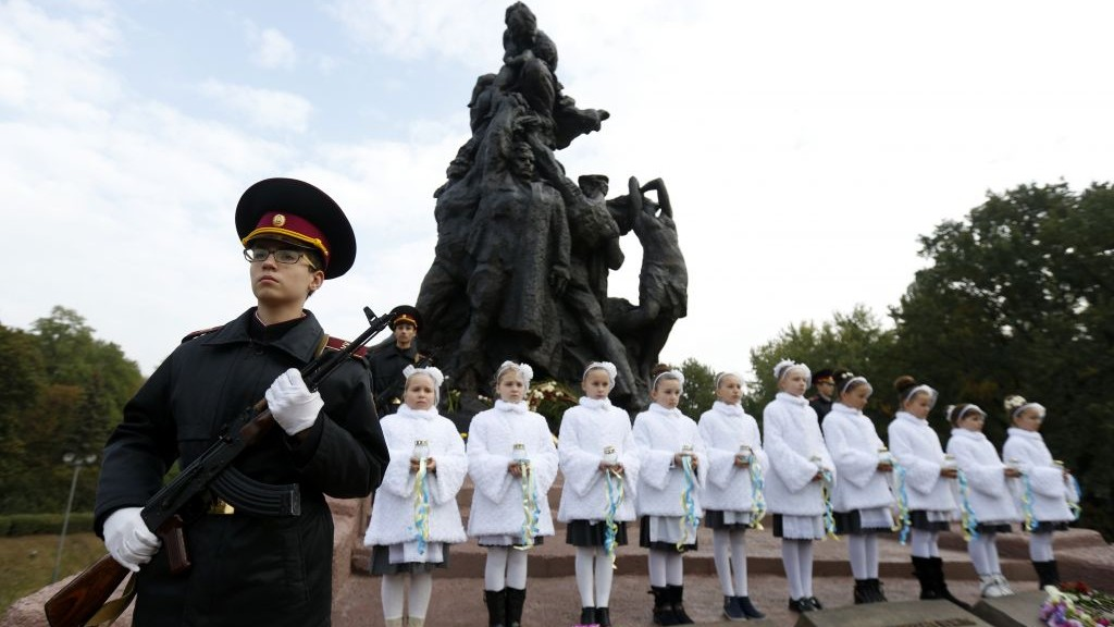 Kiev Cadets honor guard takes part in commemorative events at the Soviet monument to the victims of the Babi Yar ravine in Kiev, Ukraine, September 29, 2016. (AP/Sergei Chuzavkov)