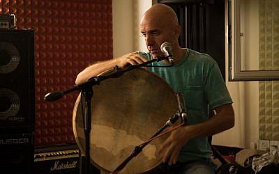 Zohar Fresco at a practice session in Jerusalem, September 20, 2016 (Luke Tress/Times of Israel)